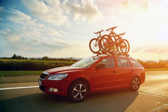 Nosači bicikla na automobilu – koji tip izabrati?