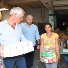 Nova akcija Gradske opštine Zemun: Podeljeni paketi porodicama izbeglih i interno raseljenih lica