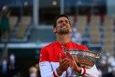 Novak pevao himnu, pa pozdravio Srbiju: Hvala vam!