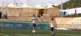 Novak u Španiji igrao tenis sa sinom: Udara forhend kao Rafa VIDEO