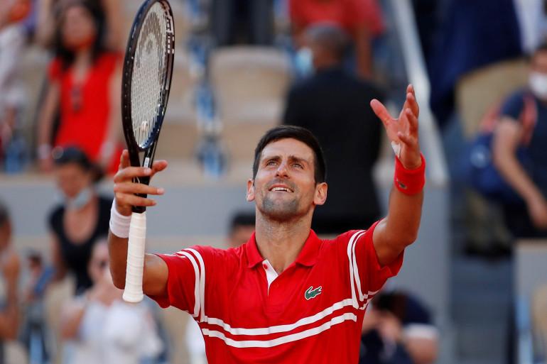 Novaku Đokoviću trofej Roland Garrosa