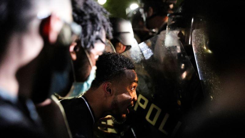 Nove demonstracije u SAD, policijski čas u više gradova