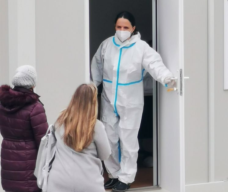 Novi Pazar: Preminio jedan kovid pacijent, obavljeno 187 pregleda