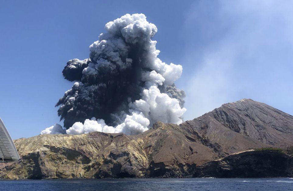 Novi Zeland: Aktivnost vulkana odložila potragu za žrtvama