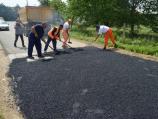 Novi asfalt na putu od Leskovca ka Bogojevcu