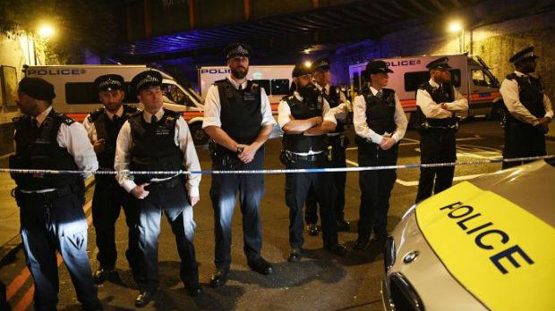 Napad ispred džamije u Londonu – jedan mrtav, desetoro povređenih