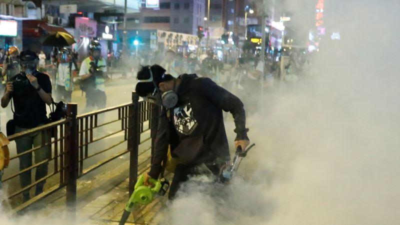 Novi neredi na protestima u Hongkongu