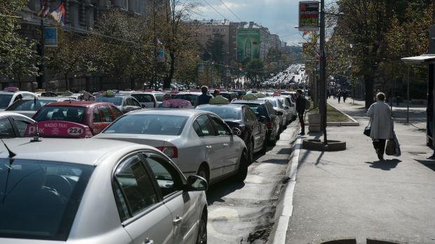 Novi protest taksista, centar Beograda bio u blokadi do 17 časova