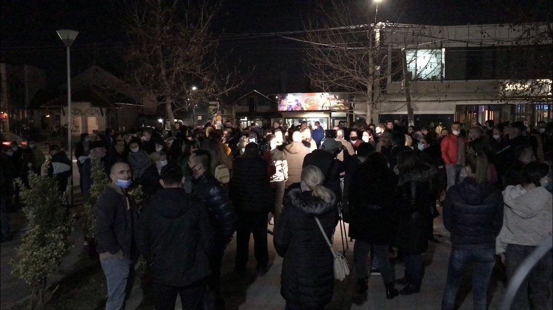 Novi protest u Gračanici zbog hapšenja sedmorice mladića