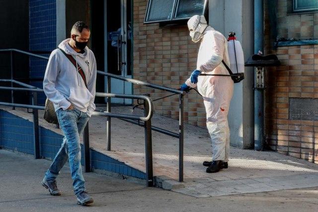 Novi soj virusa stigao do Evrope: Šta se o njemu zna