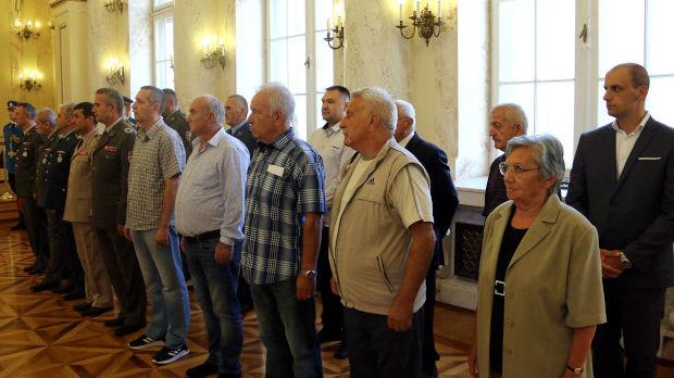 Novi stanovi za 20 pripadnika Ministarstva odbrane i Vojske Srbije