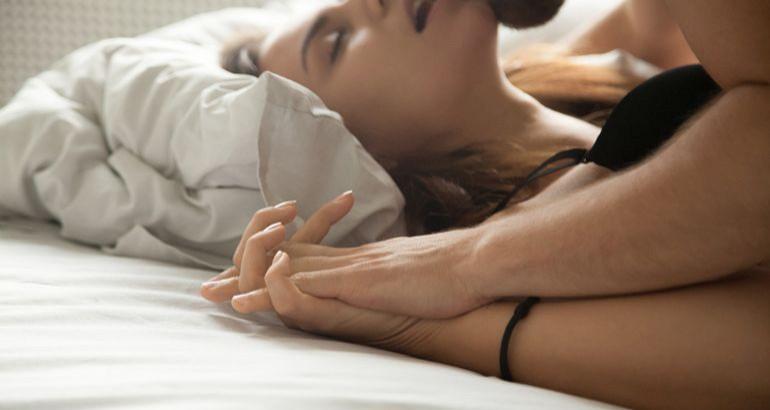 Novi trend u seksu koji je oduševio sve žene: Dišite sa partnerom do orgazma!