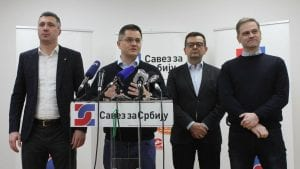 Novinari se sele u Radio Beograd