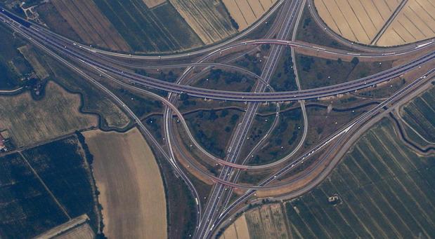 Novitet na delu italijanskih autoputeva: Automobili pomoću svojih senzora javljuju o rupama ili gužvama