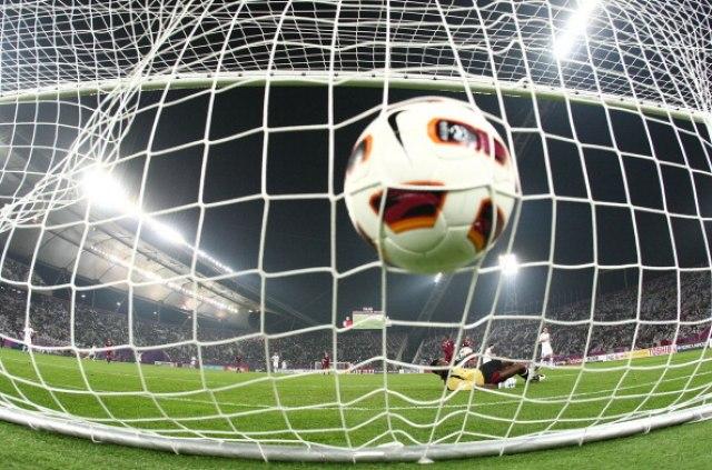 Novo istraživanje: Fudbaleri tri i po puta podložniji demenciji