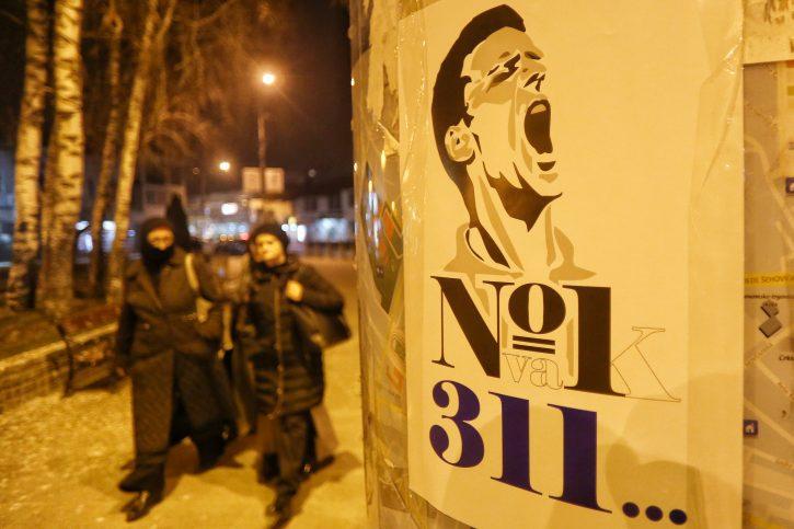 Novopazarci oblijepili grad plakatima sa Novakovim likom