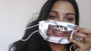 Novosađanka klavir zamenila singericom kako bi šila i poklanjala maske gluvonemima
