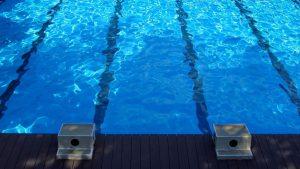 Novosadski DS: Otvoreni bazen na Spensu pretvoren u baru i smetlište
