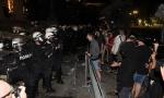Novosti saznaju: Privedeno 19 huligana zbog divljanja ispred Skupštine