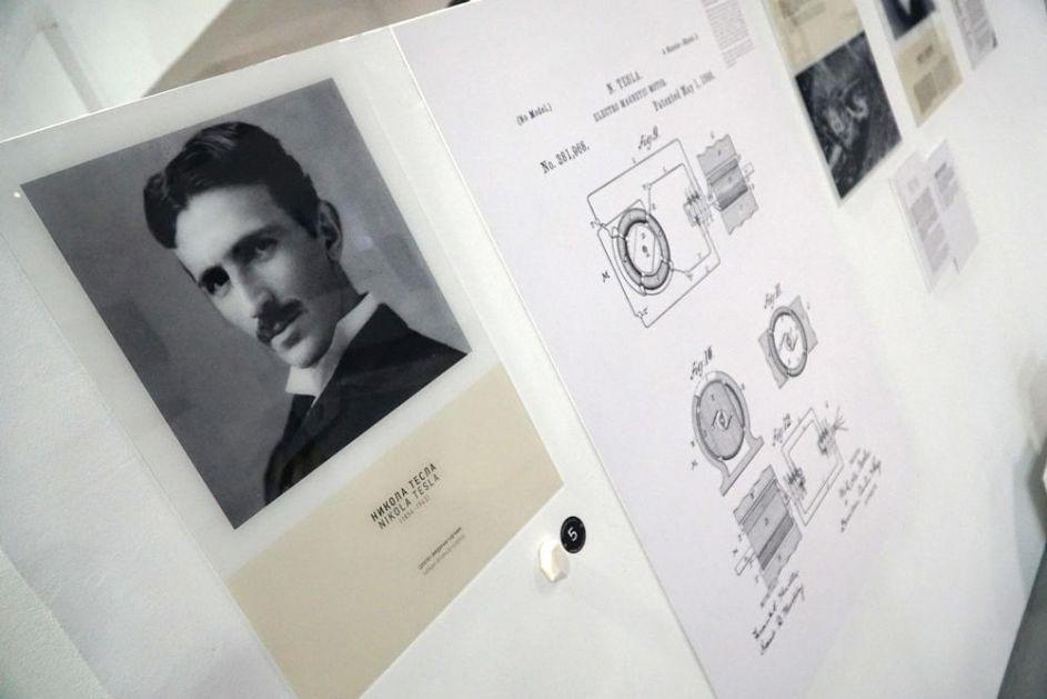 O PROTESTU SRBIJE DALEKO SE ČULO: Svetski mediji bruje o skandaloznom ŠIRENJU LAŽI EU da je srpski naučnik Tesla Hrvat