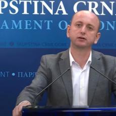 OBJAVITE UGOVOR, DA SE NE DOBAČAMO PREKO TVITERA Knežević pozvao Krivokapića na konkretne poteze