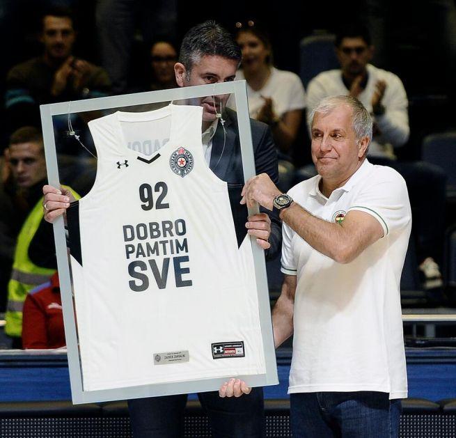 OBRADOVIĆ JOŠ SAMO DA STAVI POTPIS: Evo koliko će legendarni trener zarađivati u Partizanu!