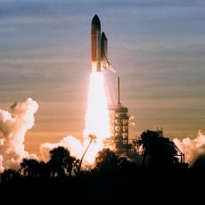 NIŠTA OD PISANJA ISTORIJE: Odloženo lansiranje rakete Space X u svemir, ovo je GLAVNI RAZLOG (VIDEO)