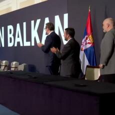 OD DANAS ĆE SE ZVATI OVAKO: Predstavljeno novo ime Mini Šengena, lideri potpisali ugovore o regionalnoj saradnji