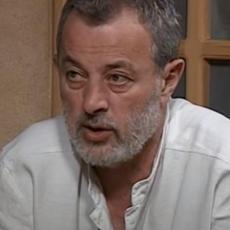 OD NAJBOLJEG PEDAGOGA DO OSUMNJIČENOG ZA ZLOSTAVLJANJE: Ko je briljantni manipulator, režiser, scenarista - Mika Aleksić?