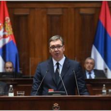 ODNOS SRBA I ALBANACA NA KOSOVU JE 1:15 Predsednik Vučić o teškoj situaciji na KiM pred poslanicima Skupštine Srbije