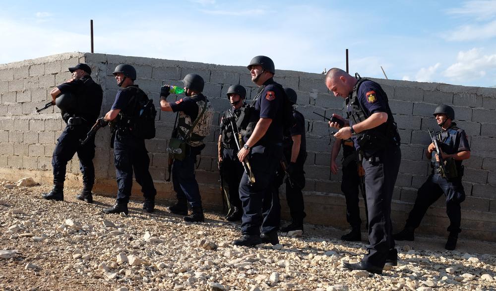 OGLASILA SE CRNOGORSKA POLICIJA: Evo zašto su albanske patrole prolazile kroz Andrijevicu i Berane!