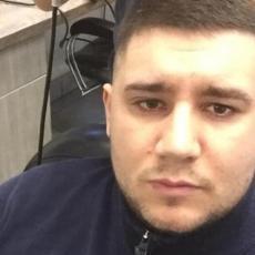 OGLASILA SE MAJKA UBIJENOG ALEKSANDRA (26): Neko je pokušao da odjavi njegov automobil, smrt i dalje misterija