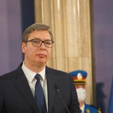 OGLASIO SE VUČIĆ POVODOM SARADNJE SA UN: Uputio čestitke Antoniju Guterešu (FOTO)
