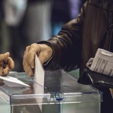 OKO 50.000 BIRAČA U CG NE POSEDUJE VAŽEĆA DOKUMENTA: Ista mogu zameniti ukoliko žele da glasaju, ALI POSTOJI CAKA