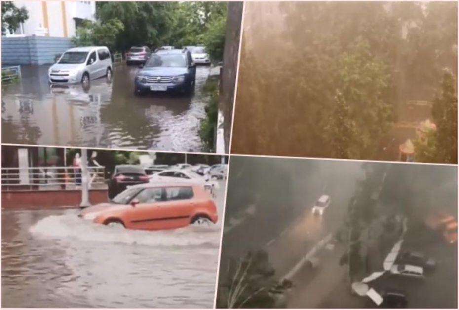 OLUJA OPUSTOŠILA MOSKVU: Potop u glavnom gradu Rusije, stabla padala na sve strane (VIDEO)