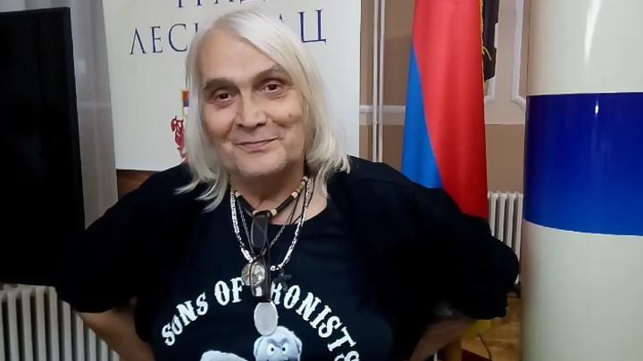 ON JE NAJPAMETNIJA RIJALITI FACA IKADA: Bora Čorba prozvao popularne repere, pa priznao da je oduševljen jednim bivšim rijaliti učesnikom! (VIDEO)