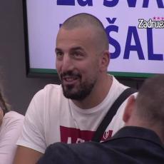 ON JE RIJALITI G*VNO! Tomović od NJEGA nije očekivao OVO! Stao ispred njega, pa OPLEO ŽESTOKO po njemu!