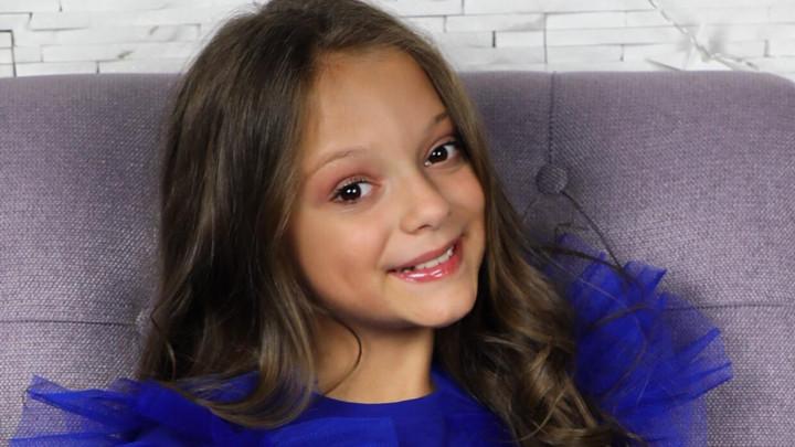 ONA JE PONOS PINKA! Naša zvezdica Darija Vračević izabrana za predstavnika Srbije na dečijoj Evroviziji: Kada su mi javili, zaplakala sam od sreće! (FOTO)