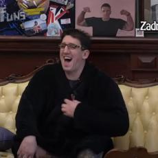 ONA ŽELI JOŠ! Došla kod njega u krevet, dobila HLADAN TUŠ! Kristijan drži sveću! (VIDEO)