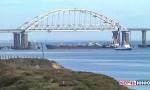 OPASNO GURANjE NA CRNOM MORU: Rusi zauzeli ukrajinske brodove, ranjena šestorica mornara, EU poziva na uzdržanost