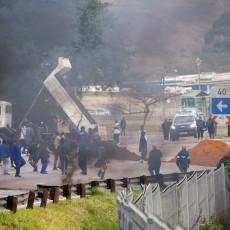 OPŠTA ANARHIJA: Naoružana banda masakrirala seljane na granici, ubijeno 30 ljudi, a onda su udarili na snage bezbednosti