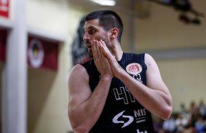 OSTAJE U EVROKUPU: Bivši centar Partizana potpisao!