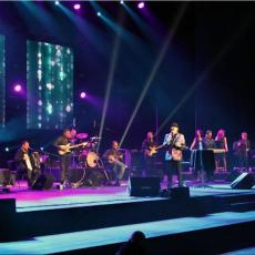 OTKRIO MRAČNE TAJNE IZ DETINJSTVA: Ovog našeg pevača su IZBACILI IZ ŠKOLE zbog 250 neopravdanih časova!