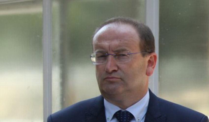 OTKRIVAMO: Ugovor o reklamiranju je prvi papir koji je sekretar Gojković potpisao u vanrednom stanju
