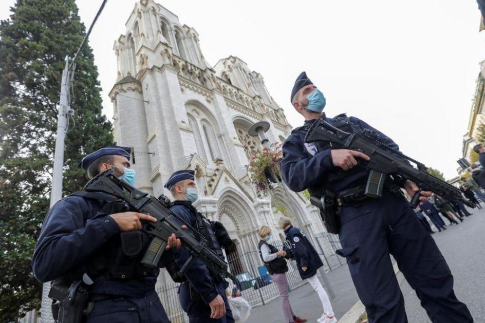 OTKRIVEN IDENTITET MONSTRUMA IZ NICE: Tuniškom migrantu (21) Francuska pružila utočište samo mesec dana pre masakra!