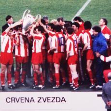 OTKRIVENO: Samo jedan fudbaler Crvene zvezde sačuvao dres iz Barija