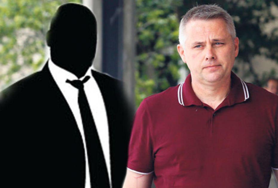 OVAJ ČOVEK NAS SVE ZAVLAČI: Koga krije Igor Jurić?! ČITAJTE U KURIRU