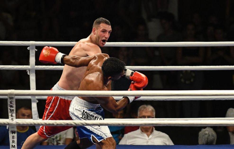 OVAKO NEŠTO NIŠLIJE NE PAMTE: Održan Naissus boxing night 2019! (FOTO)