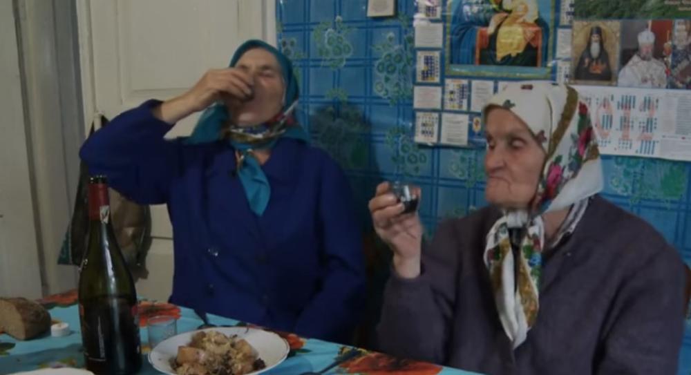 OVE BAKE SU OSTALE U ČERNOBILJU: Ako odeš odavde, umrećeš! Ne smeta meni radijacija, nešto drugo je problem! (VIDEO)