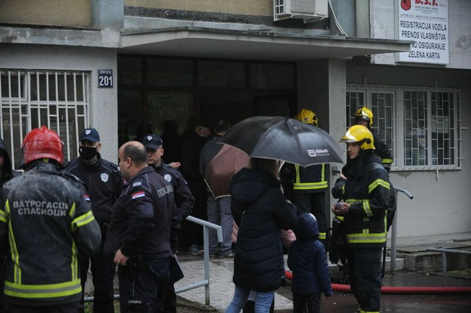 OVO JE LICE HEROJA Ovo je Stefan, hrabri vatrogasac koji je sa 18. sprata izneo bebu iz vatre u soliteru u Novom Beogradu
